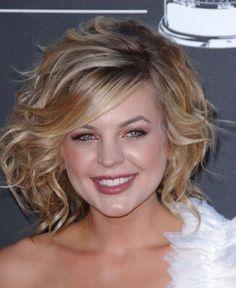 Kirsten Storms short cute hair!