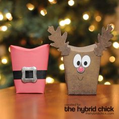 Remember this for next Christmas.  Creative way to use a pillow box.