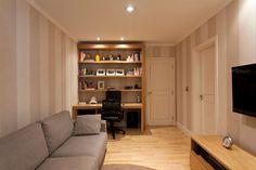 3 em 1 quarto de hospedes com escritório e sala de TV