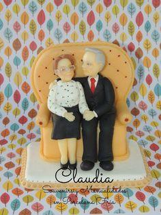 Adorno para torta de bodas de oro .-