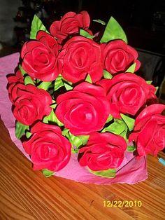 bonito ramos de rosas de goma EVA