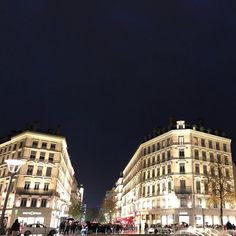 Life in #Lyon #shotoniphonex