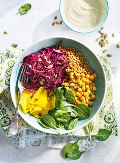 Wheat Berry, Chickpea and Pickled Vegetable Bowls Meat Recipes, Vegetarian Recipes, Healthy Recipes, Quick Pickled Vegetables, Legumes Recipe, Vegetable Bowl, Food Inspiration, Food To Make, Veggies