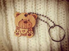 Key chain,cute, animal, bear, wood, keychain wood, kids,kawaii Etsy https://www.etsy.com/it/listing/508973439/wood-keychain-teddy-bearwood-bear