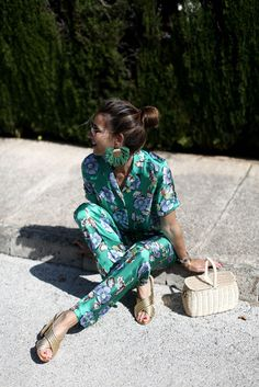 $50 - $200 Gorgeous Beautiful Cute Turquoise Green Blue Silk Satin Rainbow Coloured Floral Patterned Embroidered Detail Short Sleeved Blouse Matching Pants Two Piece Co-Ord Set Street Style Tumblr