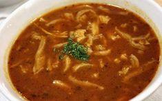 Dršťková polévka, tradiční český recept Czech Recipes, Ethnic Recipes, Thai Red Curry, Stew, Chili, Food And Drink, Treats, Cooking, Soups