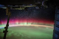 The International Space Station passing through the Aurora Australis. Photo credit: European Space Agency Astronaut (ESA) / National Aeronautics and Space Administration (NASA)