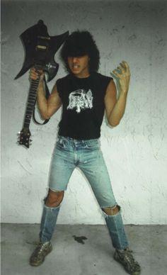 Crushing Metal Strikes : Foto