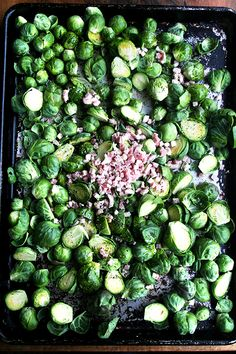 Ina Garten's Roasted Balsamic Brussels Sprouts Balsamic Brussel Sprouts, Sprouts With Bacon, Brussels Sprouts, Vegetable Sides, Vegetable Side Dishes, Vegetable Recipes, Homemade French Onion Dip, Best Ina Garten Recipes, Perfect Roast Chicken
