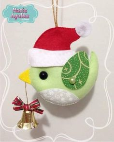 28 ideas for homemade tree decorations diy projects Felt Christmas Decorations, Christmas Bird, Christmas Ornament Crafts, Christmas Sewing, Felt Ornaments, Christmas Projects, Felt Crafts, Holiday Crafts, Felt Projects