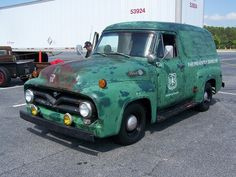 1955 FORD F100 originally used by the Forest Service