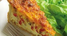Classic French Quiche With Chorizo and Roasted Peppers (Replace dairy with quark pro suitable replacement) Quiche Chorizo, 9 Inch Cake Pan, Roasted Peppers, Quiche Recipes, Dried Beans, Cake Pans, Relleno, Cheddar Cheese, Lasagna