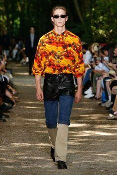 Balenciaga Spring/Summer 2018 Menswear Collection | British Vogue