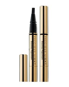Yikes!  YSL's Touche Eclat may have some fierce competition!!  Tried on this iiluminator/concealor and I swear I looked 5 years younger!