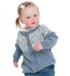Festival barnekofte - A Knit Story Pullover, Knitting, Sweaters, Fashion, Dance In, Threading, Moda, Tricot, Fashion Styles