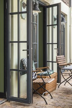 Churchill loft: the garden (English Colonial French style) Project by Petra Postmus Interiors www.petrapostmus.nl
