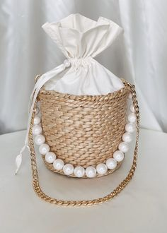 Excited to share this item from my shop: Womens Straw Bucket Bag, Beaded Straw Bag, Round Straw Handbag Pearl Handle Summer Handbags, Straw Handbags, Purses And Handbags, Popular Handbags, Unique Handbags, Straw Tote, Boho Bags, Winter Hats For Women, Basket Bag