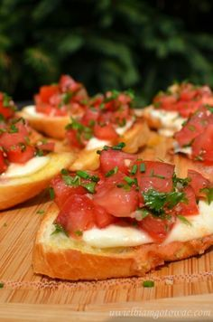 I went through a major bruschetta phase and tried many many recipes until I found the perfect one. This was originally Guy Fieri's but is slightly adapted to my taste after making it about a billion times. Cookingt time is marinating time. Cooking Bread, Cooking Recipes, Healthy Recipes, Snacks Für Party, Best Appetizers, Mozzarella, I Foods, Sandwiches, Food Porn