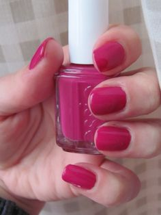 Essie Foot Loose was a great choice for a sunny spring ski session (and après ski hot tubbing)!