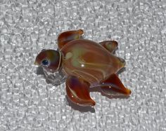 Turtle borosilicate glass pendant (Boro #22)   $18.00 USD    Only 1 available  •Handmade item •Ships worldwide from Kawagoe, Japan