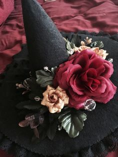 The Lolita Witch Halloween Hats, Halloween Home Decor, Halloween Birthday, Fantasy Witch, California Outfits, Cosplay Tutorial, Vintage Witch, Vintage Type, Doll Maker