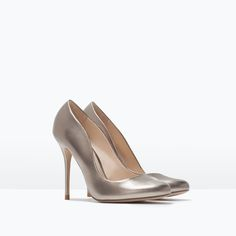 ROUND-TOE COURT SHOES from Zara