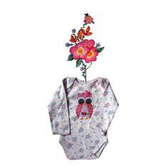 Rompertje met bloemenprintje met uiltje,mooi afgewerkt met strikje en bloemetje.Op aanvraag eventueel verkrijgbaar in andere kleur en maat.Mail naar info@bygek.com