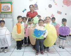 Las maestras de inglés hicieron gala a través de sus alumnos de lo rápidos que aprenden la lengua de Shekespeare