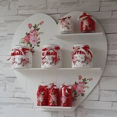 Nazlı Aksu: Kokoş Home - SHELVES and JARS We offer you excellent ideas to decorate your house, follo Diy Home Crafts, Jar Crafts, Wood Crafts, Decoupage Jars, Decoupage Paper, Diy Para A Casa, Shabby Chic Kitchen, Valentine Decorations, Diy Projects