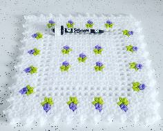 Pin Decor - Just another WordPress site Crochet Doilies, Crochet Flowers, Crochet Stitches, Knit Crochet, Crochet Patterns, Crochet Flower Tutorial, Knitted Baby Clothes, Baby Afghans, Washing Clothes