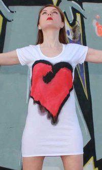 Las camisetas de original T-shirts están confeccionadas y pintadas a mano by Jorge Berlato.
