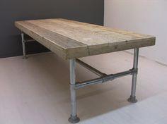 Tafel met steigerbuis onderstel en steigerhouten blad (22131521)