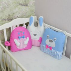 Crib bumpers - Baby bed protecror - Gender neutral crib bedding - crib bumpers with animals Crib Bumper Set, Bed Bumpers, Animal Pillows, Crib Bedding, Gender Neutral, Cribs, Toddler Bed, Baby Shower, Pink