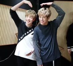 They're so adorable I can't huhu | Chan | Woojin | Stray Kids