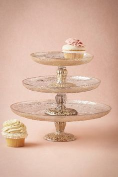 Gorgeous cake stands - perfect for weddings and showers!