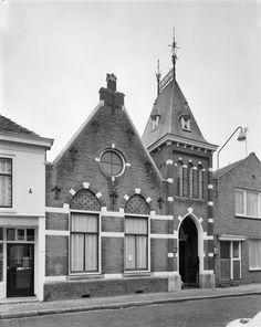Doopsgezinde Kerk  Voorgevel_-_Aardenburg_-_20003784_-_RCE.jpg