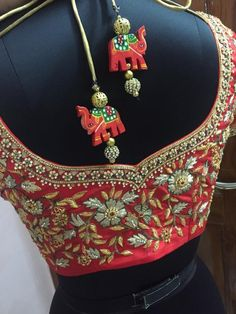 Bridal Saree Blouse Back Mirror Work 29 Ideas For 2019 Wedding Saree Blouse Designs, Best Blouse Designs, Silk Saree Blouse Designs, Blouse Neck Designs, Hand Embroidery Designs, Embroidery Blouses, Aari Embroidery, Maggam Work Designs, Designer Blouse Patterns