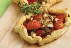 Συνταγές με Τυρί Κρέμα   Argiro.gr Food Categories, Greek Recipes, Feta, Camembert Cheese, Recipies, Cooking Recipes, Stuffed Peppers, Vegetables, Ethnic Recipes