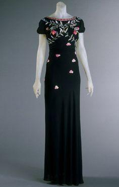 Вечернее платье. Elsa Schiaparelli, 1938. The Philadelphia Museum of Art