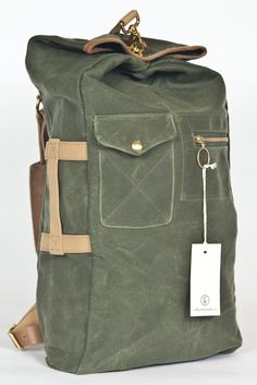370,50€ Duffle Backpack militaire olive