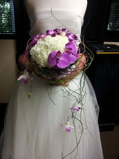 Decretive collars bouquet by Frida