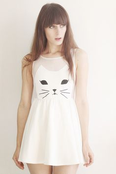 White-cat-romwe-dress. This is so cute. I need to start wearing dresses!