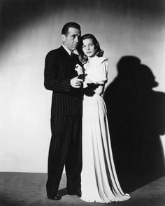 Portrait of Lauren Bacall and Humphrey Bogart in The Big Sleep directed by Howard Hawks, 1946 Hooray For Hollywood, Golden Age Of Hollywood, Hollywood Stars, Classic Hollywood, Old Hollywood, Hollywood Glamour, Hollywood Icons, Humphrey Bogart, Lauren Bacall