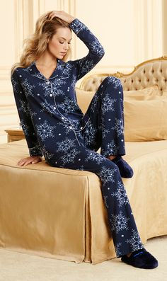 Sleepwear Sets, Lingerie Sleepwear, Night Suit For Women, Couple Pajamas, Matching Pajamas, Long Sleeve Pyjamas, Weekend Style, Pajama Top, Pjs