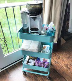 Baby Bottle Organization, Baby Bottle Storage, Baby Storage, Nursery Organization, Baby Nursery Diy, Ikea Nursery, Deco Baby Shower, Baby Life Hacks, Baby Planning