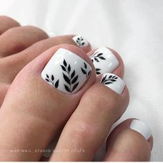 Fall Toe Nails, Pretty Toe Nails, Summer Toe Nails, Cute Toe Nails, Toe Nail Color, Toe Nail Art, Nail Colors, Pedicure Nail Art, Manicure And Pedicure