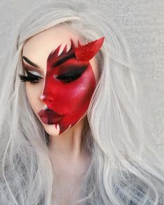 Demon Makeup Ideas for Halloween 2019 Makes You Interested To Know - Makeup Looks Dramatic Goth Halloween Costume, Classic Halloween Costumes, Halloween Makeup Looks, Demon Makeup, Angel Makeup, Sfx Makeup, Horror Make-up, Face Paint Makeup, Ange Demon