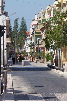 Rua principal do comércio (tradicional) do Entroncamento