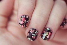 Flower Nails nails flowers nail pretty nails nail art nail ideas nail designs