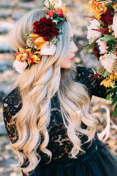 Why Tulle Skirts Are ALWAYS a Good Idea From Bliss Tulle Long hair idea. Loose curls paired with flower crown. Evening Hairstyles, Summer Hairstyles, Trendy Hairstyles, Amazing Hairstyles, Modern Haircuts, Flower Crown Hairstyle, Crown Hairstyles, Hairstyles With Flower Crown, Hair Crown